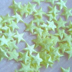 Satynowe gwiazdy - jasno-żółte 100 szt.