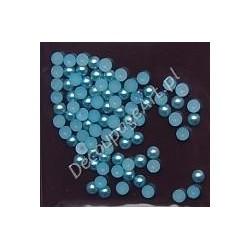 Półperełki 4 mm ok. 100 szt jasno-niebieskie
