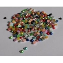 Elementy dekoracyjne półperełki 6 mm mix kolorów